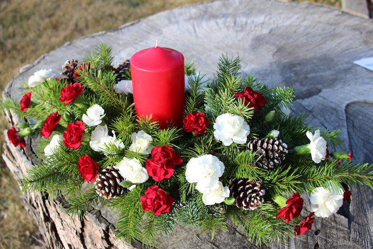 Christmas Centerpiece with Pixie Carnations