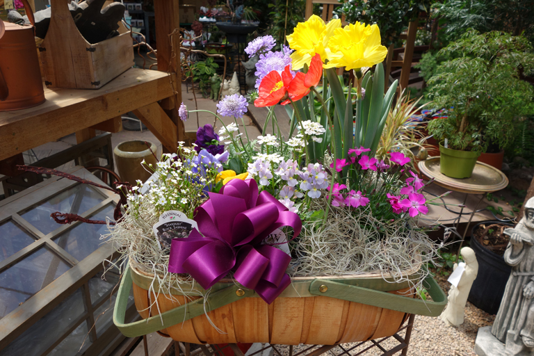 Mom's Garden Basket