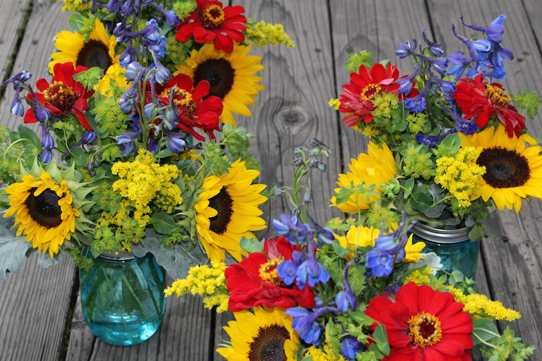 Ball Jar Centerpieces with Zinnias and Sunflowers