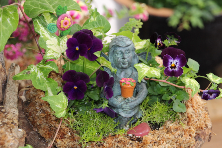 Pansies and Fairies are perfect together