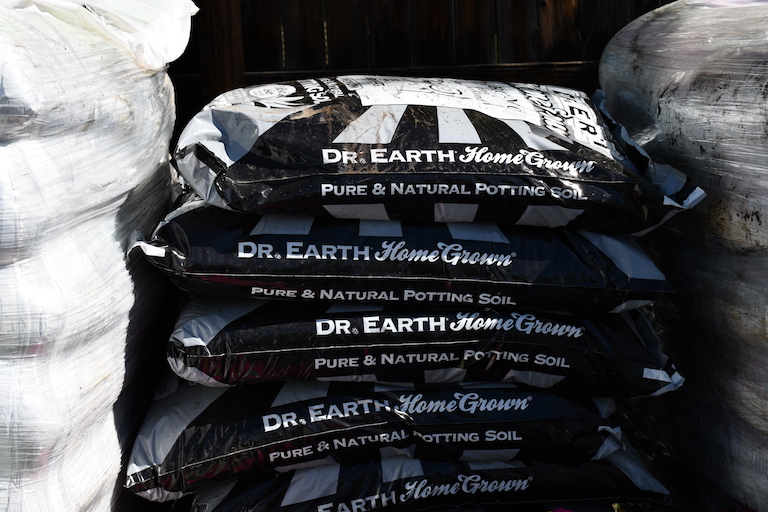 Dr. Earth Home Grown Potting Soil
