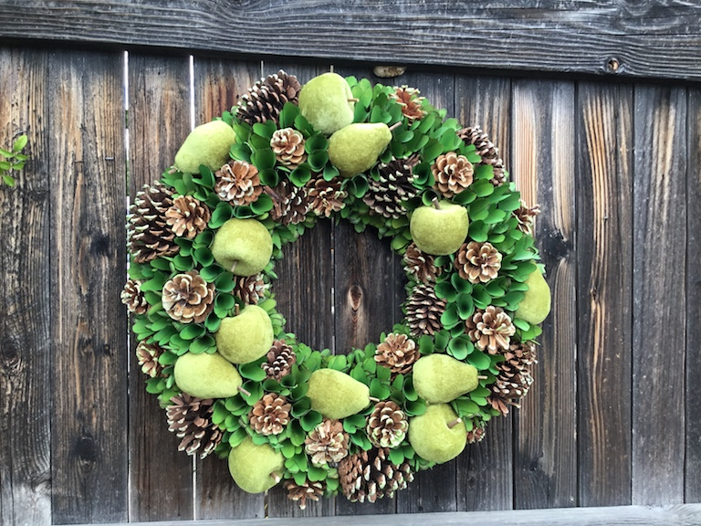 Pinecone and green pear wreath