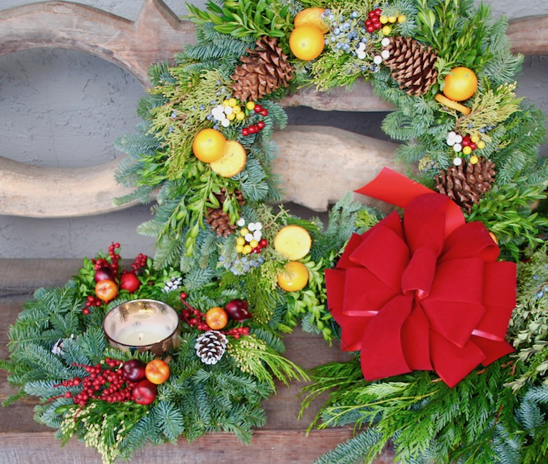 We can deliver a custom wreath too